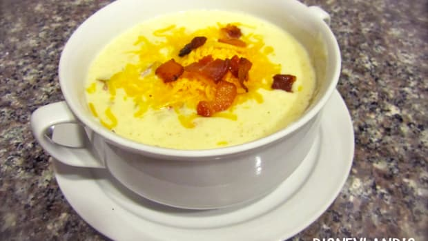 disneylands-loaded-baked-potato-soup