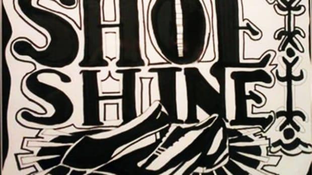 beas-boy-polishes-shoe-shine-image