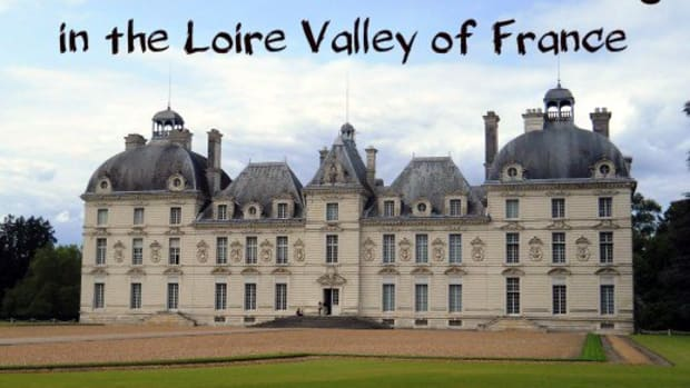 chateau-cheverny-in-the-loire-valley-of-france