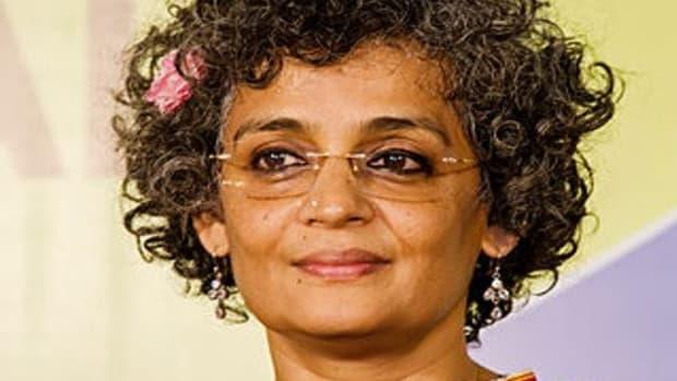 famous-novelists-top-10-indian-novelists-of-all-time