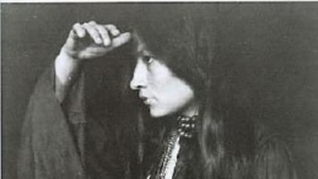 defining-a-life-zitkala-sas-soft-hearted-sioux