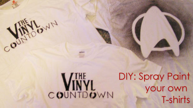 diy-how-to-spray-paint-a-t-shirt