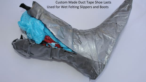 how-to-make-duck-tape-shoe-lasts-on-which-to-create-wet-felted-slippers-or-boots