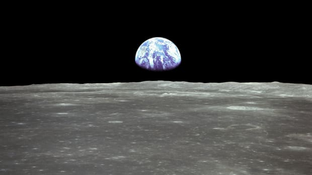 terraforming-the-moon-turning-our-satellite-into-a-paradise