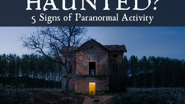 12-signs-that-your-house-might-be-haunted