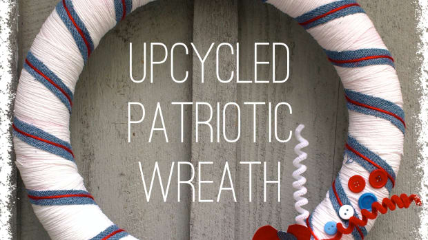 upcycled-crafts-patriotic-wreath-tutorial