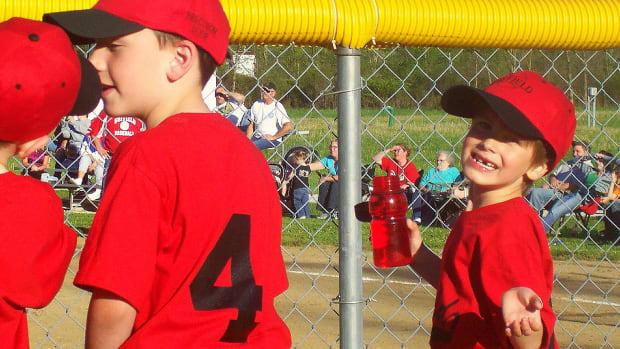 little-league-baseball-basic-pitching-mechanics-and-rules