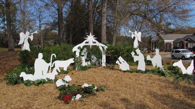 nativity-sets-outdoors