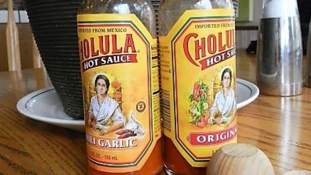 add-cholula-hot-sauce