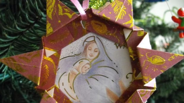 paper-frame-christmas-ornaments-to-make