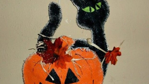 halloween-burlap-door-hanger-3