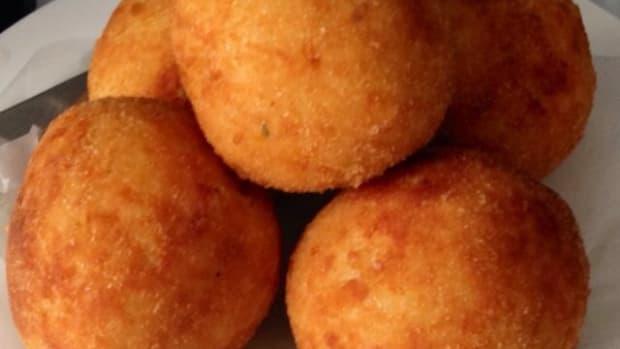 recipe-for-inspector-montalbanos-favourite-arancini-risotto-balls