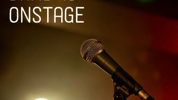 things-you-should-always-say-on-the-mic-when-your-band-is-performing-on-stage