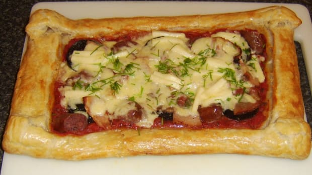 big-breakfast-puff-pastry-pizza