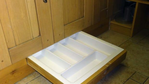 how-to-make-a-kitchen-plinth-drawer