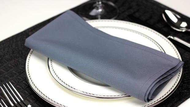 basic-dining-etiquette-using-a-napkin