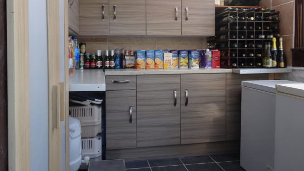 upcycle_garden_shed_for_food_storage