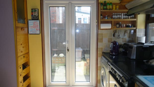 kitchen-makeover-removing-brick-doorstep-and-modifying-wall
