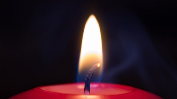 a-safe-way-to-enjoy-scented-candles-no-flame-flameless