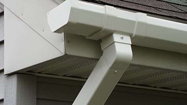 tips-for-spray-painting-gutters-and-downspouts