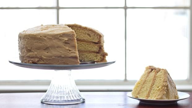 how-to-make-caramel-cake-recipes
