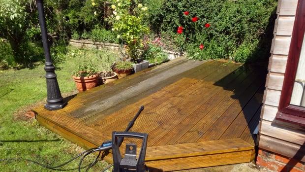 using-a-nilfisk-pressure-washer-in-my-garden