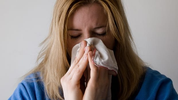 differences-between-allergies-and-colds-or-the-flu