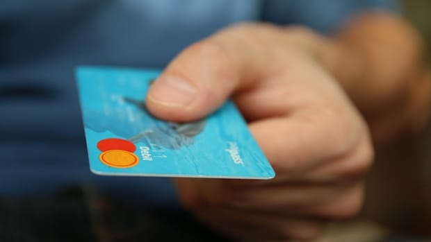 the-pros-and-cons-of-credit-cards