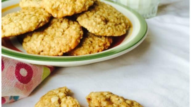 super-easy-vegan-cookie-recipe-oatmeal-banana-bites