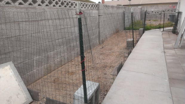 building-a-dog-run-for-pennies
