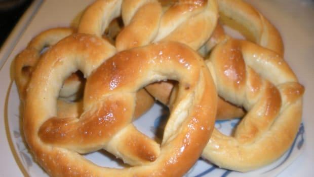 auntie-annes-buttery-pretzel-copycat-recipe