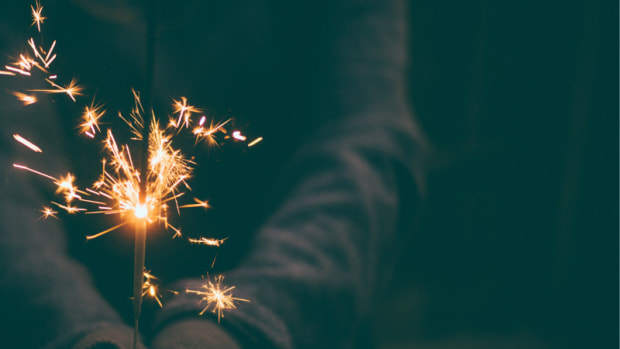 new-years-eve-superstitions-and-traditions