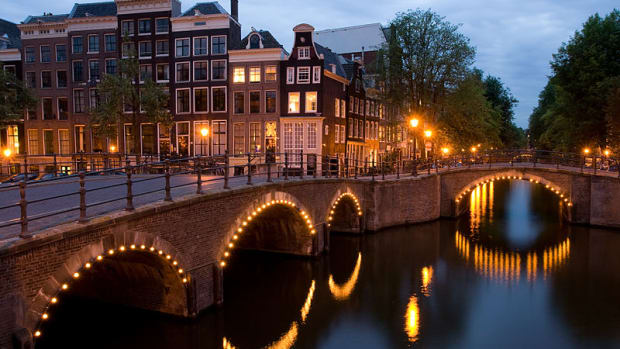use-this-unofficial-guide-if-youre-visiting-amsterdam