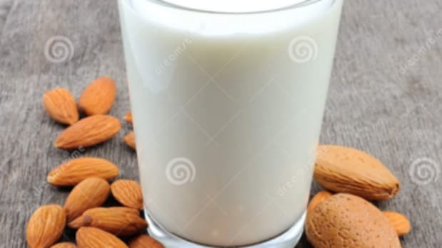 how-to-make-almond-milk-at-home