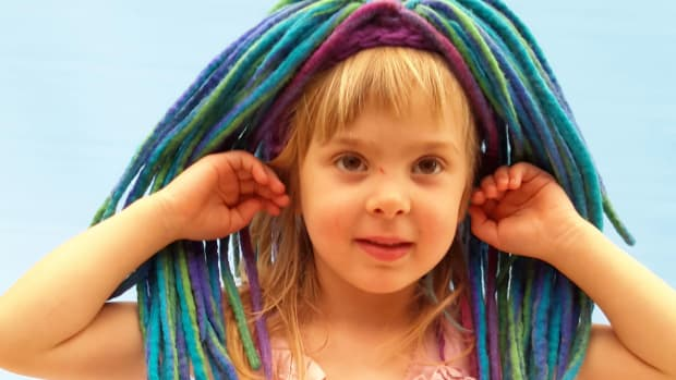 how-to-wet-felt-dreads-make-a-chemo-hat-newborn-photo-prop-free-tutorial