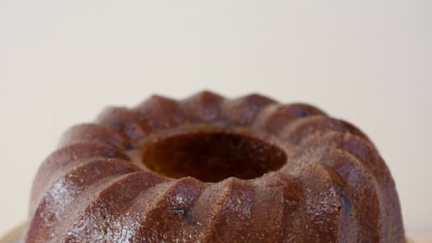 orange-cranberry-bundt-cake