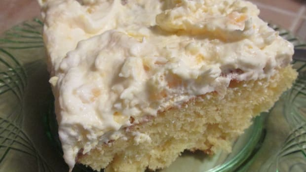 easter-pineapple-cream-cake