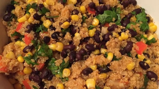 how-to-make-quinoa-and-black-bean-salad