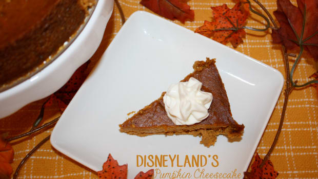 disneylands-pumpkin-cheesecake