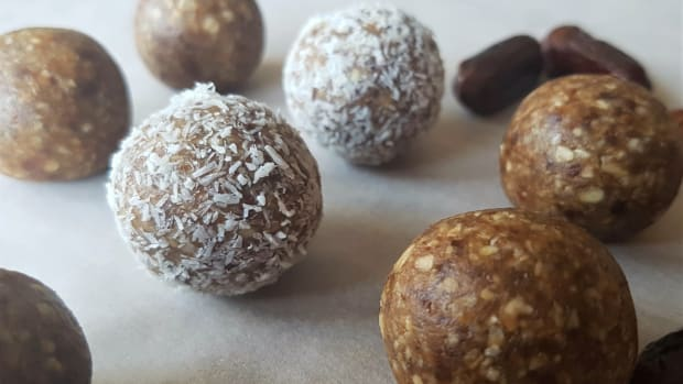 peanut-butter-energy-balls-recipe-with-dates-no-bake-recipe