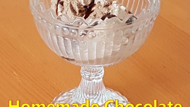 homemade-hershey-chocolate-syrup-ice-cream-recipe
