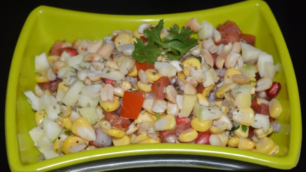 how-to-make-corn-raw-mango-salad-with-roasted-peanuts