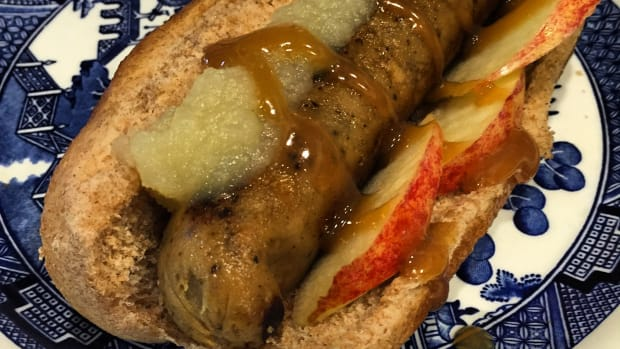 gourmet-hot-dog-the-big-apple