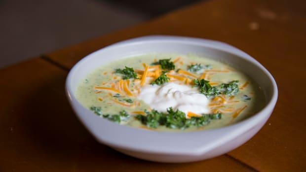 creamy-broccoli-soup
