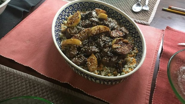 tanjine-of-beef-with-cinnamon-walnuts-and-prunes-recipe