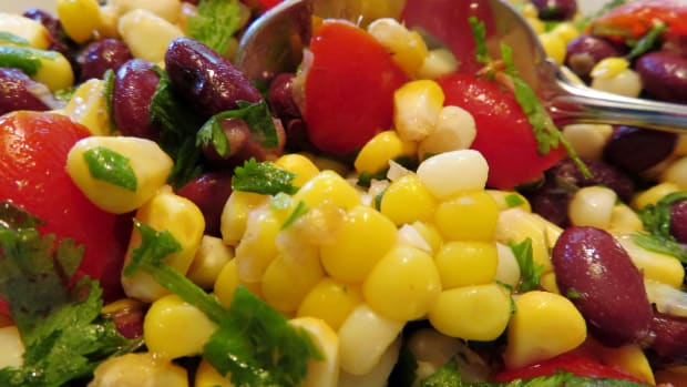 tangy-and-refreshing-corn-and-black-bean-side-dish