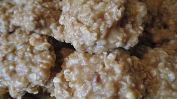 moms-cooking-easy-peanut-butter-no-bakes-recipe