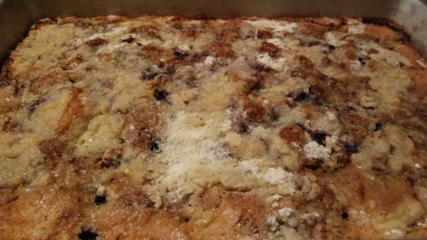 moms-cooking-blueberry-coffeecake