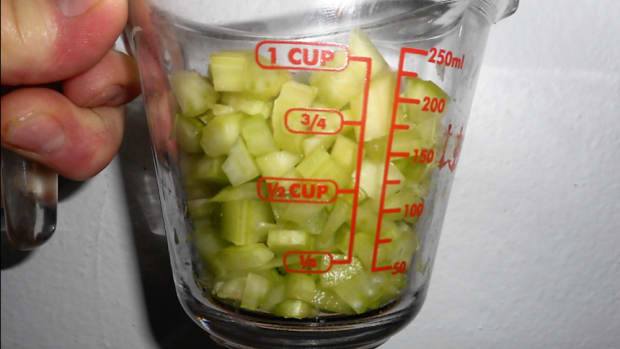 minnesota-cooking-celery-an-easy-way-to-dice