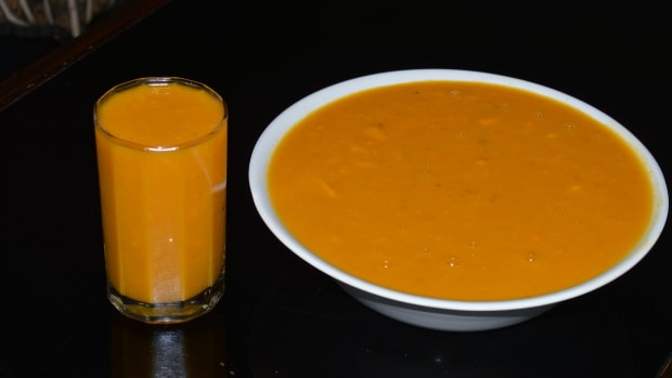 healthy-beverages-mango-rasayana-or-mango-smoothie-with-coconut-milk
